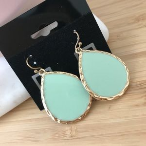 Jewelry - Droplet Mint Earrings